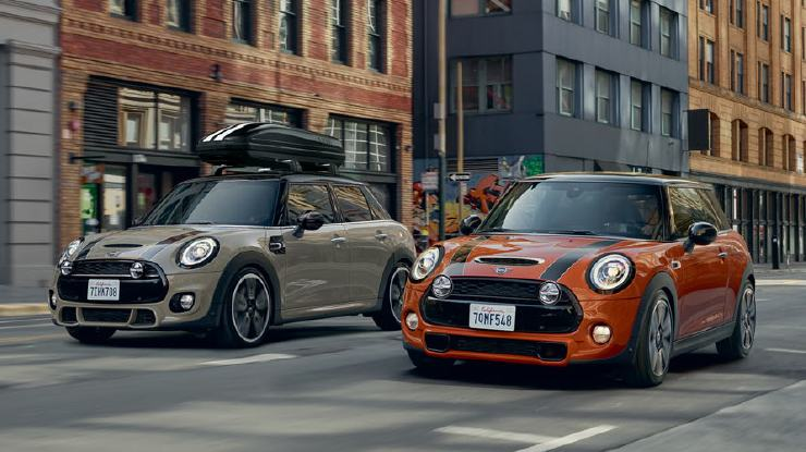 THE MINI 3 DOOR, THE MINI 5 DOOR. ORIGINAL MINI ACCESSORIES.