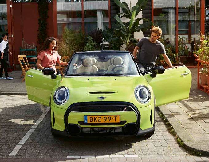 Gallery image 004 - The New MINI Convertible.